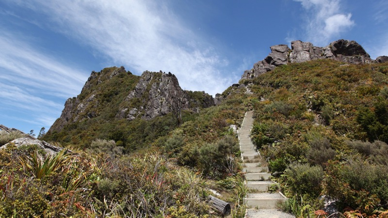 Path up to the Pinnacles